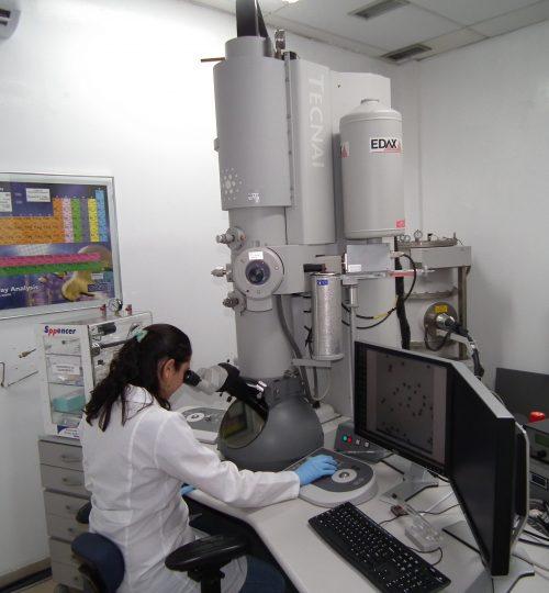 Análise em Microscópio Eletrônico de Transmissão - MET, Tecnai G2 200 kV(FEI)