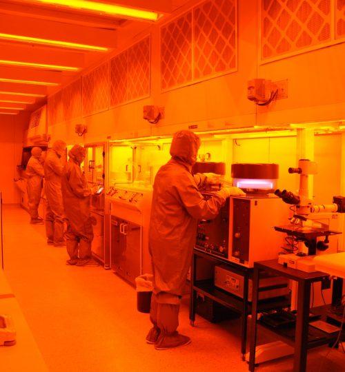 Laboratório de micro e nanofabricação do CTI-Nano